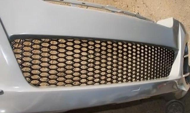 Пластик сетка на бампер